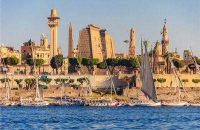 انتعاشة الأسواق السياحية في أكتوبر وتستقبل مصر أفواجا من فرنسا وسويسرا
