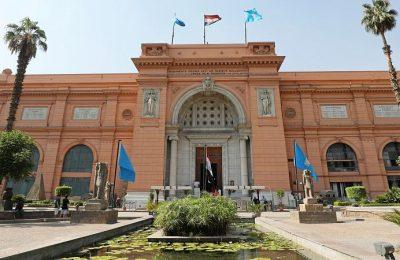 وزير السياحة والآثار في جولة بالمتحف المصري بالتحرير
