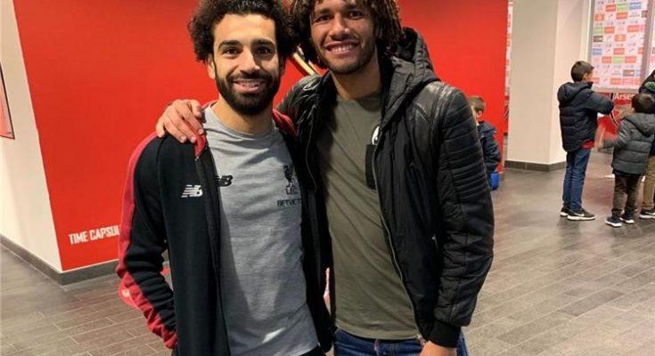 محمد صلاح إلى لندن برفقة محمد النني