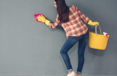 طريقة تنظيف الجدران من الكتابة