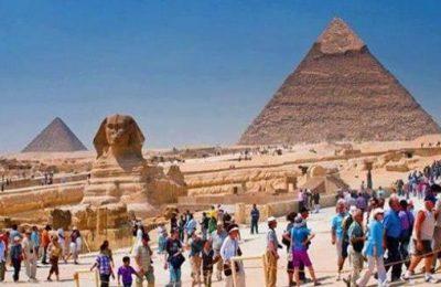 السياحة تستثمر مباراة الأهلي وبايرن ميونخ في الترويج للآثار المصرية