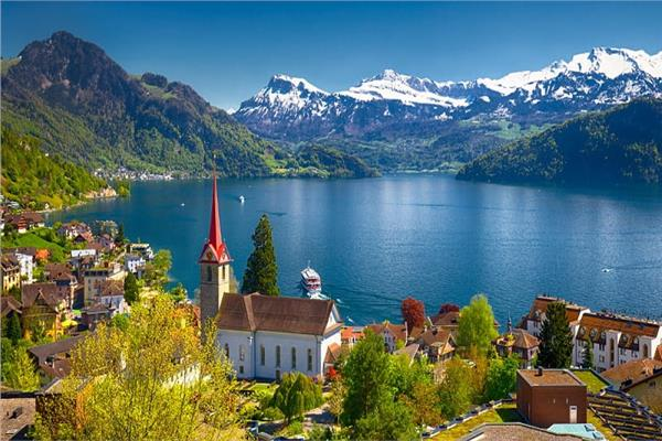 بعيدا عن «الشيكولاتة».. أجمل مزارات سياحية في سويسرا